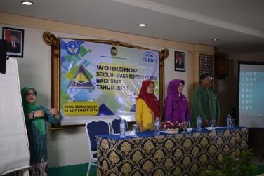 Workshop Sekolah Siaga Kependudukan Bagi SMP