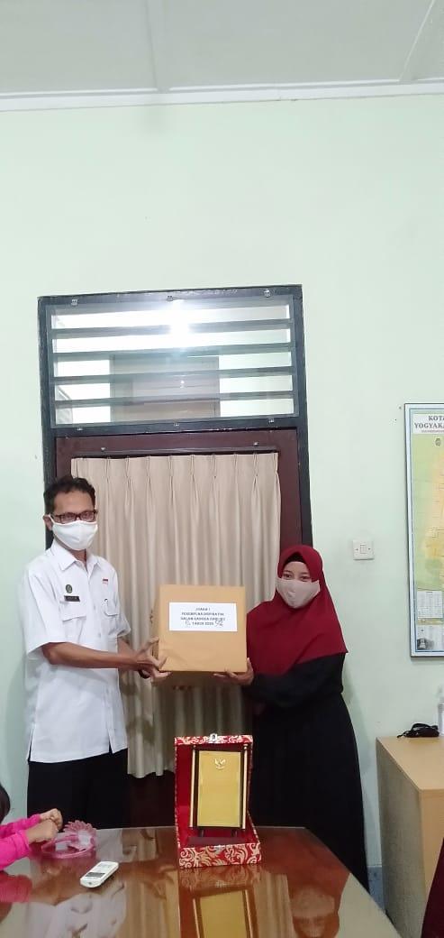 Pemberian Penghargaan Perempuan Inisiator Kota Yogyakarta