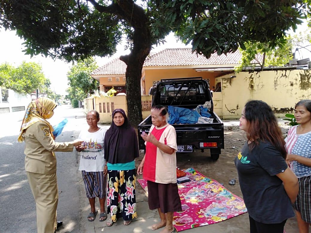 Sosialisasi pencegahan virus corona atau covid 19 di Kelurahan Purbayan Yogyakarta