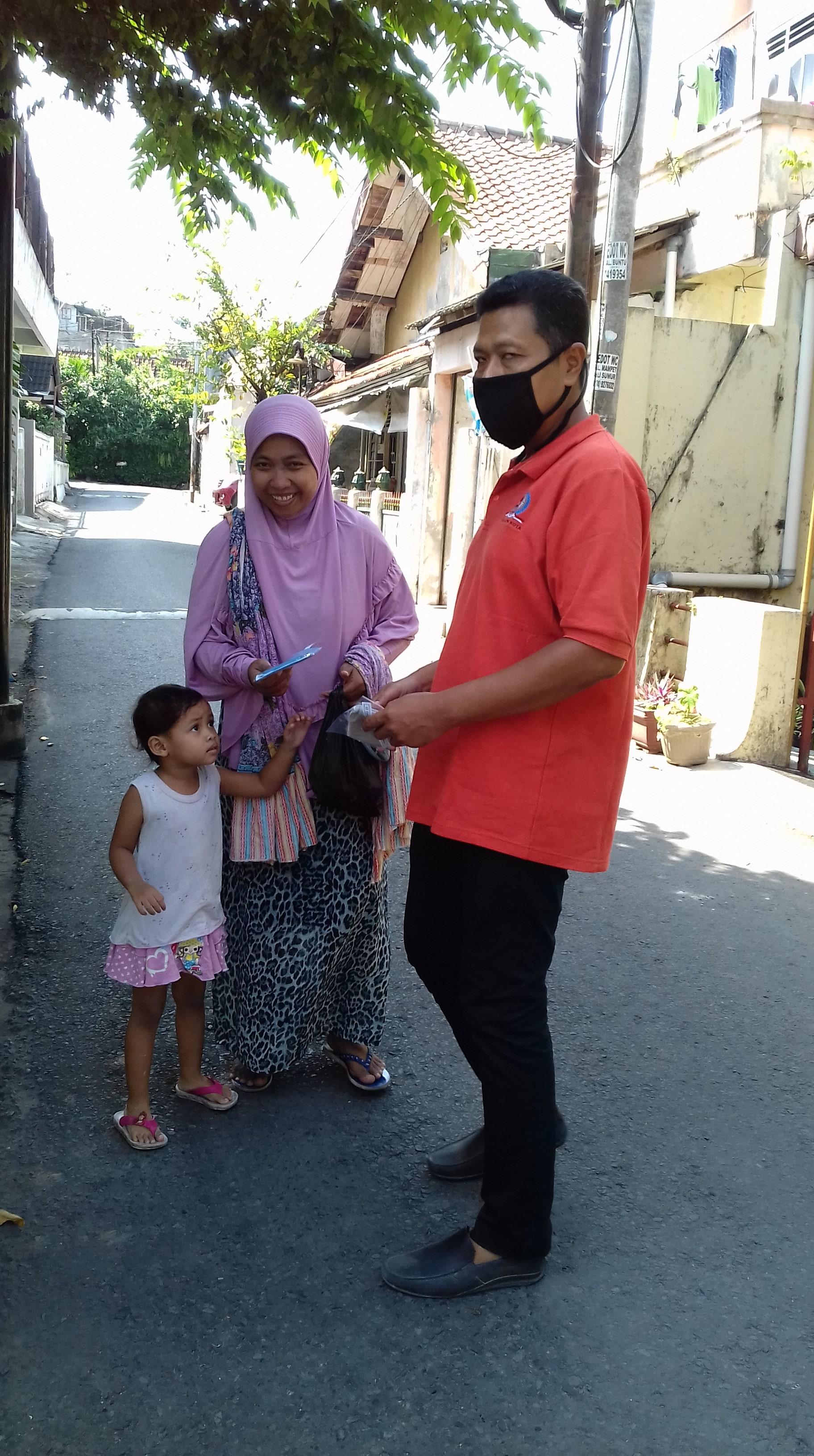 Sosialisasi pencegahan virus corona atau covid 19 di Kelurahan Klitren Yogyakarta